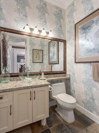 "Photo 16: 1031 JAY Crescent in Squamish: Garibaldi Highlands House for sale in ""Thunderbird Creek"" : MLS®# R2136112"