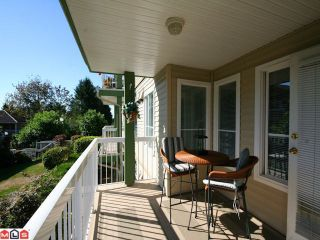 Photo 7: 204 10678 138A St in Surrey: Whalley Condo for sale (North Surrey)  : MLS®# F1022284