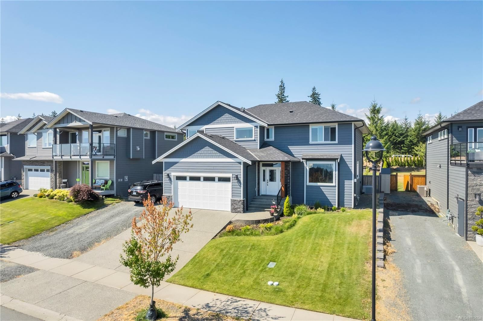 Main Photo: 855 Timberline Dr in : CR Willow Point House for sale (Campbell River)  : MLS®# 882694