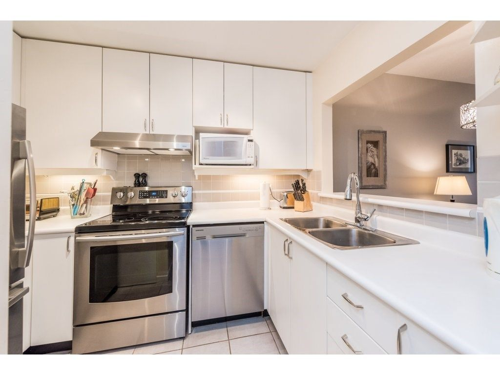 """Photo 9: Photos: 206 630 ROCHE POINT Drive in North Vancouver: Roche Point Condo for sale in """"THE LEGEND"""" : MLS®# R2235559"""