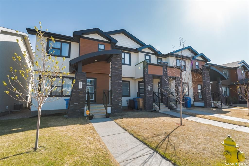 Main Photo: 7969 Canola Avenue in Regina: Westerra Residential for sale : MLS®# SK852646