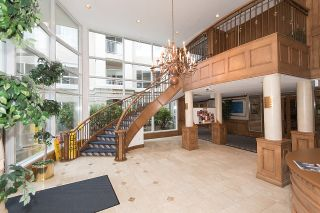 "Photo 2: 212 3098 GUILDFORD Way in Coquitlam: North Coquitlam Condo for sale in ""MARLBOROUGH HOUSE"" : MLS®# R2225808"