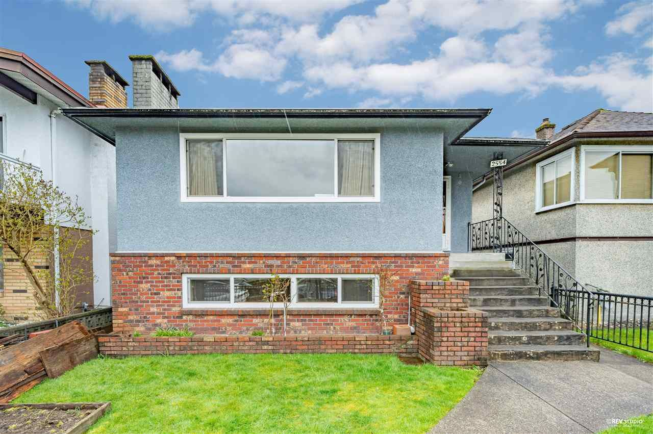 Main Photo: 2554 PARKER STREET in Vancouver: Renfrew VE House for sale (Vancouver East)  : MLS®# R2563398