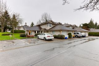 """Photo 3: 25 9045 WALNUT GROVE Drive in Langley: Walnut Grove Townhouse for sale in """"BRIDLEWOODS"""" : MLS®# R2560411"""