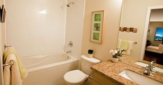 "Photo 5: 208 3688 Inverness Street in Vancouver: Condo for sale in ""Charm"""