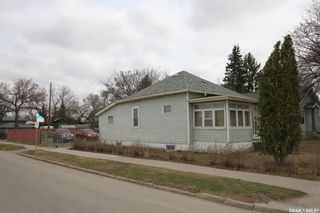 Photo 9: 134 109th Street West in Saskatoon: Sutherland Residential for sale : MLS®# SK844291