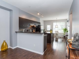 """Photo 5: 51 19480 66 Avenue in Surrey: Clayton Townhouse for sale in """"Two Blue II"""" (Cloverdale)  : MLS®# R2431714"""