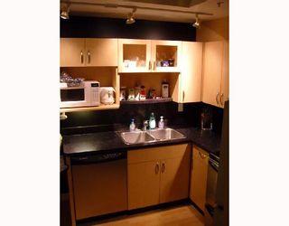 Photo 2: 520 PORTAGE Avenue in WINNIPEG: Central Winnipeg Condominium for sale : MLS®# 2807838
