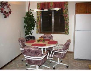 Photo 6: 56 JOHN FORSYTH Road in WINNIPEG: St Vital Residential for sale (South East Winnipeg)  : MLS®# 2821162