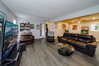 """Photo 4: 978 BIRCHBROOK Place in Coquitlam: Meadow Brook 1/2 Duplex for sale in """"MEADOWBROOK"""" : MLS®# R2402424"""