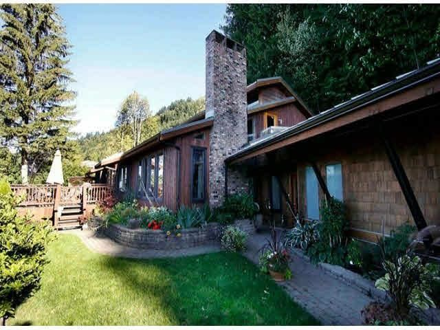 FEATURED LISTING: 5850 JINKERSON Road Chilliwack