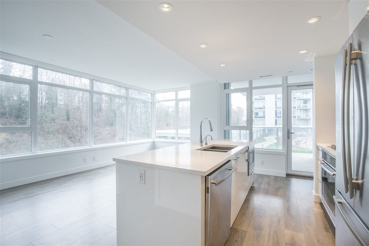 """Photo 2: Photos: 302 8538 RIVER DISTRICT Crossing in Vancouver: South Marine Condo for sale in """"ONE TOWN CENTRE"""" (Vancouver East)  : MLS®# R2430166"""
