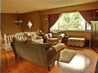 Photo 4: 2431 Sarah Pl in VICTORIA: Co Colwood Lake House for sale (Colwood)  : MLS®# 578149