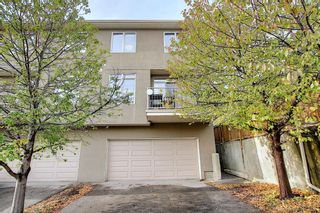 Photo 4: 2 2406 17A Street SW in Calgary: Bankview Row/Townhouse for sale : MLS®# A1093579