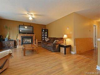 Photo 3: 1039 Haslam Ave in VICTORIA: La Glen Lake Half Duplex for sale (Langford)  : MLS®# 751398