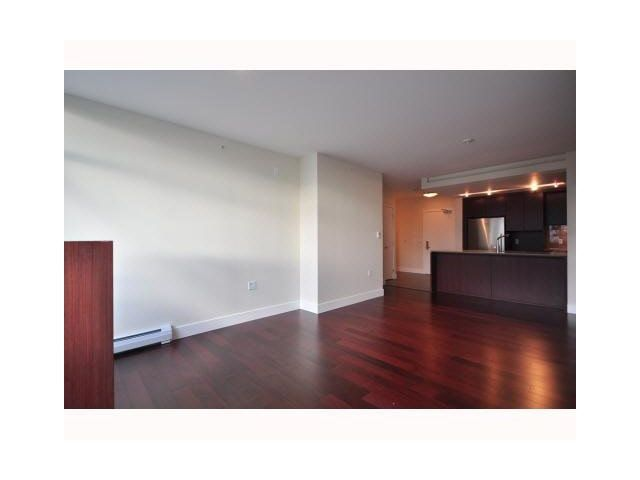 Photo 4: Photos: 1318 Chesterfield Avenue in North Vancouver: Central Lonsdale Townhouse  : MLS®# V1080976