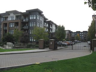 "Photo 2: 301 20078 FRASER Highway in Langley: Langley City Condo for sale in ""Varsity"" : MLS®# R2510892"