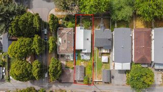 """Photo 4: 381 E 19TH Avenue in Vancouver: Main House for sale in """"Riley Park/Mt.Pleasant"""" (Vancouver East)  : MLS®# R2607959"""