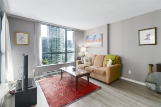 """Photo 7: 1203 1238 MELVILLE Street in Vancouver: Coal Harbour Condo for sale in """"Pointe Claire"""" (Vancouver West)  : MLS®# R2488027"""