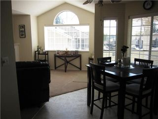 """Photo 4: 216 22515 116TH Avenue in Maple Ridge: East Central Townhouse for sale in """"FRASERVIEW VILLAGE"""" : MLS®# V1127556"""