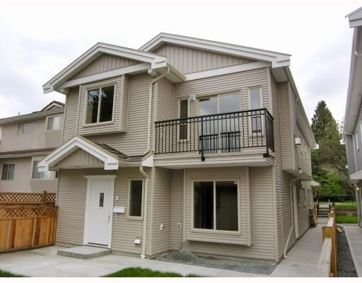 Photo 9: Photos: 5825 WOODSWORTH Street in Burnaby: Central BN 1/2 Duplex for sale (Burnaby North)  : MLS®# V748580