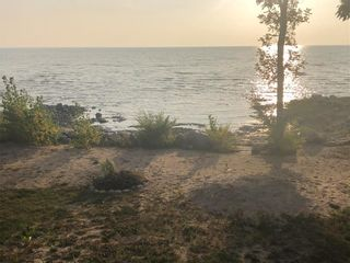Photo 10: 239 Laurentia Beach Road South in St Laurent: Laurentia Beach Residential for sale (R19)  : MLS®# 202024254
