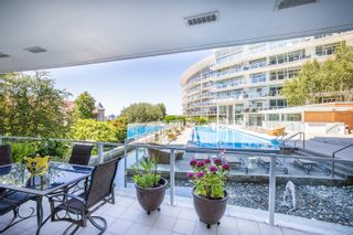 Photo 29: T107 66 Songhees Rd in Victoria: VW Songhees Condo for sale (Victoria West)  : MLS®# 883450