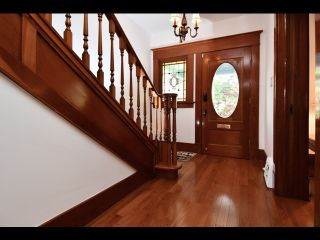 Photo 2: 842 KEEFER STREET in Vancouver: Strathcona House for sale (Vancouver East)  : MLS®# R2400411