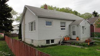 Photo 2: 12072 95 Street NW in Edmonton: Zone 05 House for sale : MLS®# E4246662