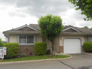 """Photo 1: 40 2023 WINFIELD Drive in Abbotsford: Abbotsford East Townhouse for sale in """"MEADOWVIEW"""" : MLS®# F1312180"""