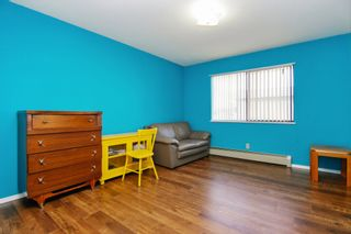 "Photo 8: 302 33369 OLD YALE Road in Abbotsford: Central Abbotsford Condo for sale in ""Monte Vista Villa"" : MLS®# R2227268"