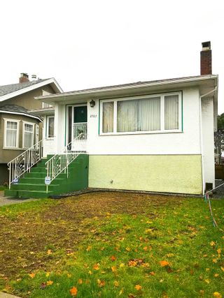 Photo 3: 2767 E 2ND Avenue in Vancouver: Renfrew VE House for sale (Vancouver East)  : MLS®# R2225385