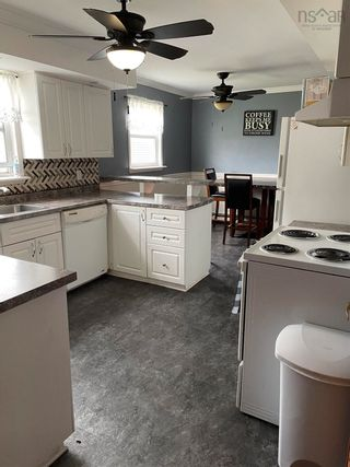 Photo 4: 275 Brookside Street in Glace Bay: 203-Glace Bay Residential for sale (Cape Breton)  : MLS®# 202124519