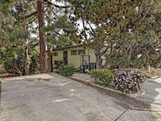 Photo 4: MIDDLETOWN House for sale : 2 bedrooms : 1307 W UPAS ST in SAN DIEGO