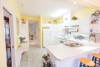 """Photo 10: 29 998 RIVERSIDE Drive in Port Coquitlam: Riverwood Townhouse for sale in """"PARKSIDE PLACE"""" : MLS®# R2310532"""
