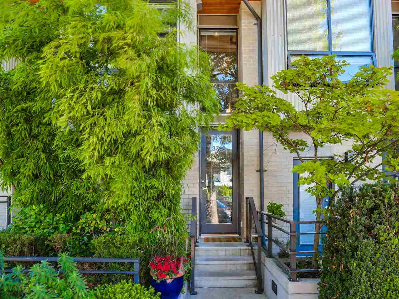 """Photo 2: Photos: 3748 COMMERCIAL Street in Vancouver: Victoria VE Townhouse for sale in """"BRIX 1"""" (Vancouver East)  : MLS®# R2107827"""