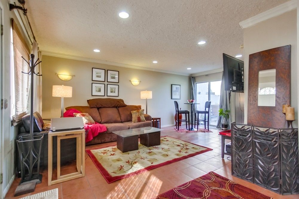 Main Photo: CITY HEIGHTS House for sale : 2 bedrooms : 2737 Menlo Avenue in San Diego