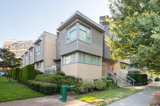 """Photo 36: 380 E 11TH Avenue in Vancouver: Mount Pleasant VE Townhouse for sale in """"UNO"""" (Vancouver East)  : MLS®# R2595479"""