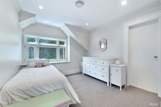 """Photo 13: 4420 COLLINGWOOD Street in Vancouver: Dunbar House for sale in """"Dunbar"""" (Vancouver West)  : MLS®# R2481466"""