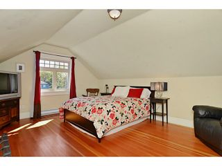 """Photo 15: 132 E 19TH Avenue in Vancouver: Main House for sale in """"MAIN STREET"""" (Vancouver East)  : MLS®# V1117440"""