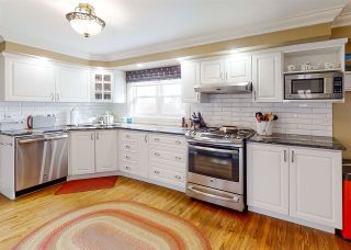 Photo 2: 9 Seaview Avenue in Wolfville: 404-Kings County Residential for sale (Annapolis Valley)  : MLS®# 202022826