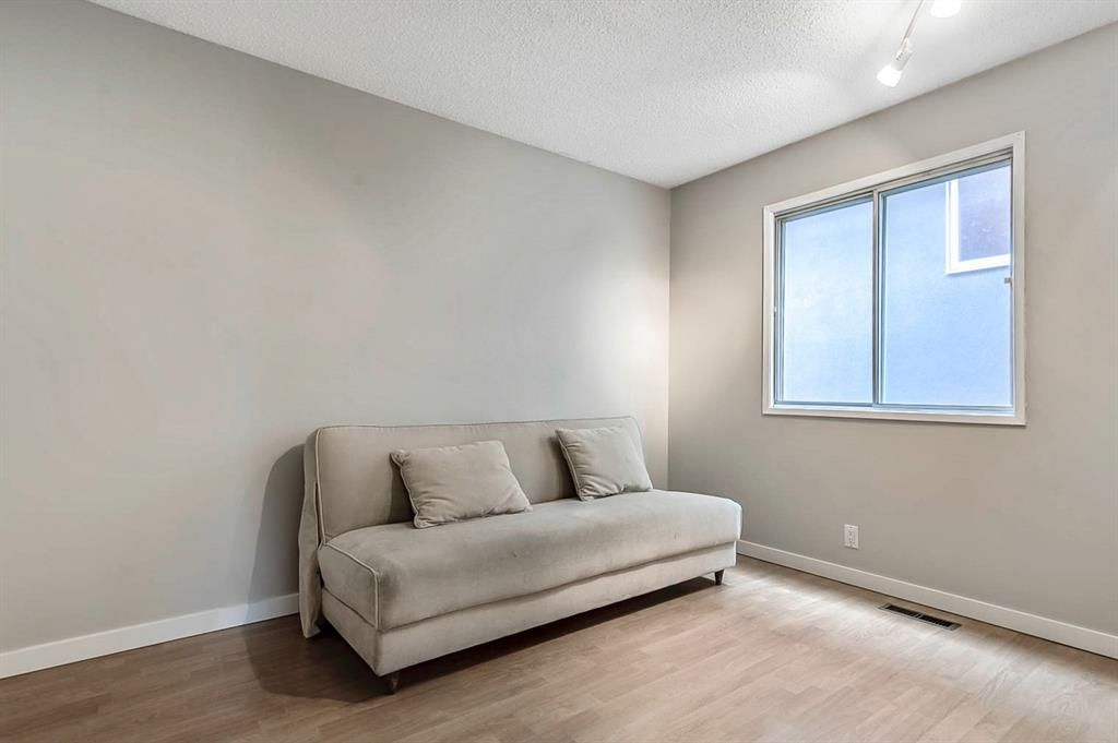 Photo 24: Photos: 2621C 1 Avenue NW in Calgary: West Hillhurst Row/Townhouse for sale : MLS®# A1111551