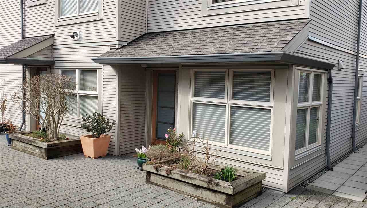 Photo 2: Photos: 25 3855 PENDER STREET in Burnaby: Vancouver Heights Townhouse for sale (Burnaby North)  : MLS®# R2450896