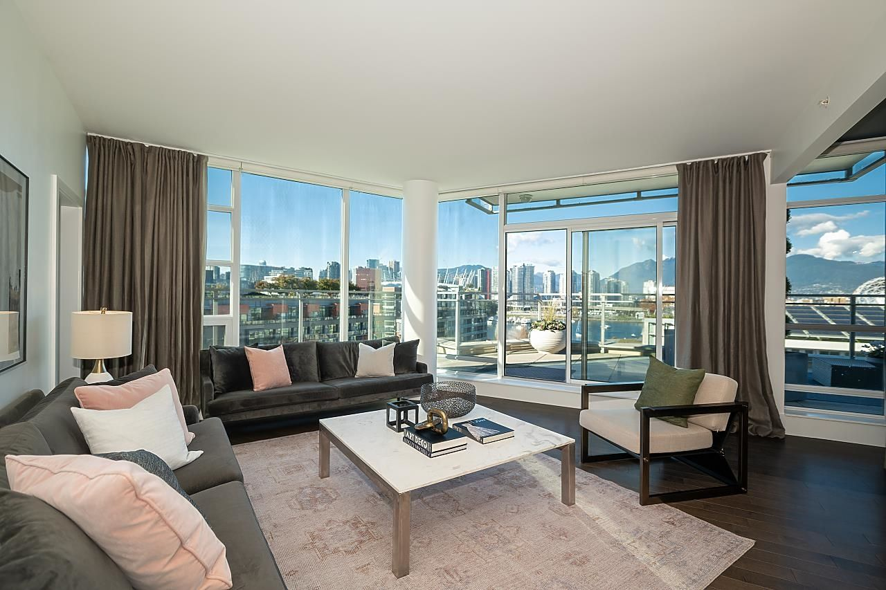 """Main Photo: 1103 88 W 1ST Avenue in Vancouver: False Creek Condo for sale in """"THE ONE"""" (Vancouver West)  : MLS®# R2624687"""