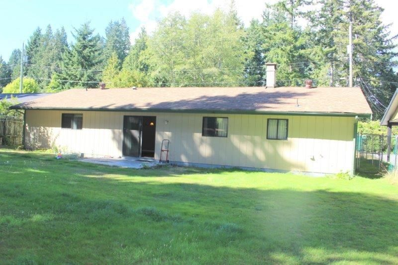 Photo 3: Photos: 1103 MALAVIEW Road in Gibsons: Gibsons & Area House for sale (Sunshine Coast)  : MLS®# R2206512