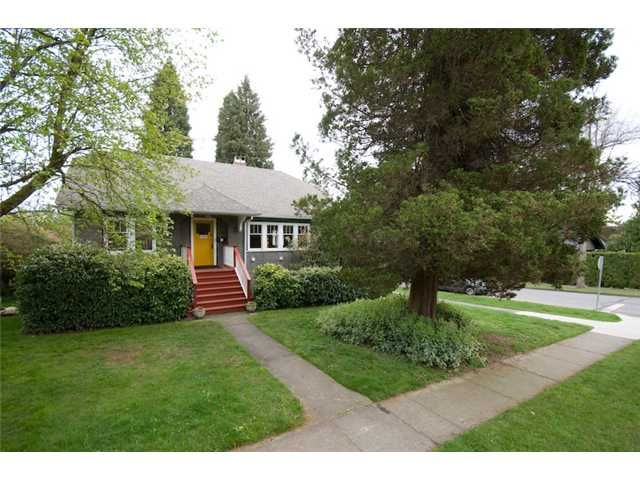 Main Photo: 3492 W 35TH Avenue in Vancouver: Dunbar House for sale (Vancouver West)  : MLS®# V831922