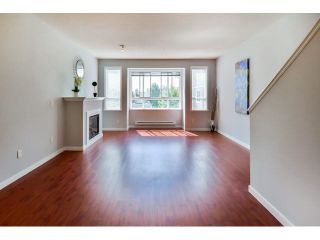 """Photo 3: 9 20159 68 Avenue in Langley: Willoughby Heights Townhouse for sale in """"VANTAGE"""" : MLS®# F1449062"""