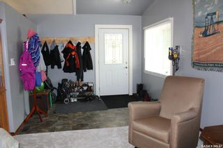 Photo 3: 304 Second Avenue in Lampman: Residential for sale : MLS®# SK860536