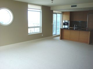 Photo 12: 1704 15152 Russell Ave in White Rock: Home for sale : MLS®# f1306527
