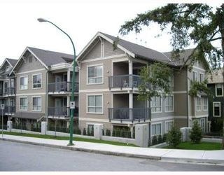 """Photo 3: 104 3895 SANDELL Street in Burnaby: Central Park BS Condo for sale in """"CLARKE HOUSE"""" (Burnaby South)  : MLS®# V737100"""